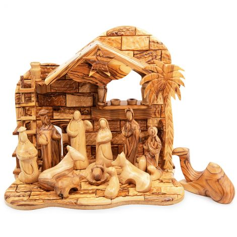 Musical 'Faceless' Nativity Scene Set in Olive Wood from Bethlehem
