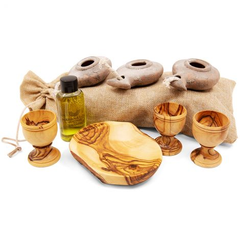 Home Cell Group Oil Lamp and Olive Wood Communion Set