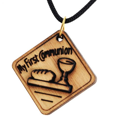 Olive Wood 'My First Communion' 3D Pendant - Made in Bethlehem
